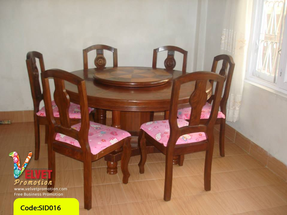 Round fashionable Dinning Table